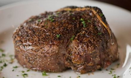 What Guys Should Know About … Steak