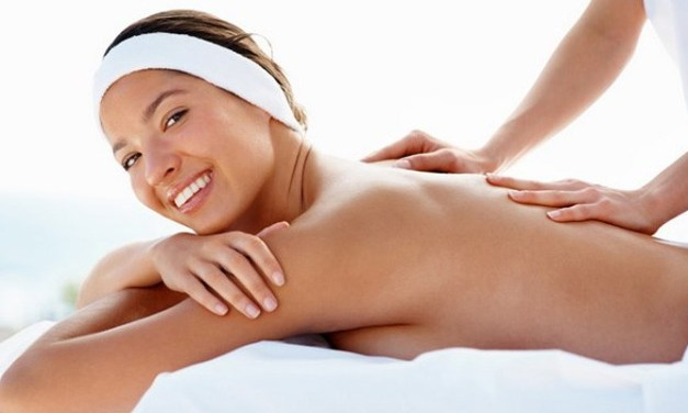 How To Give A Woman A Massage — 10 Awesome Tips