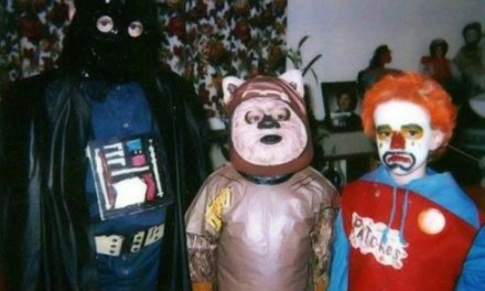 18 Halloween Costumes So Bad They Nearly Ruined Halloween