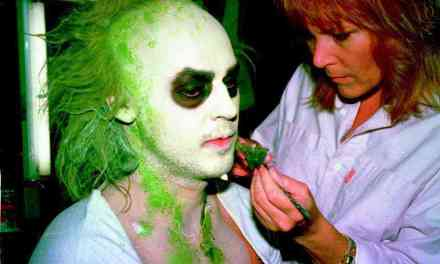 14 Lesser-Known Facts About Tim Burton's <i>Beetlejuice</i>