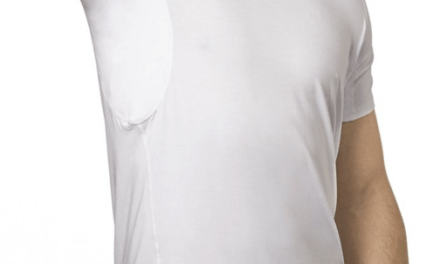 5 Best Crew Neck and V-Neck Undershirts for Men That Fight Pit Stains