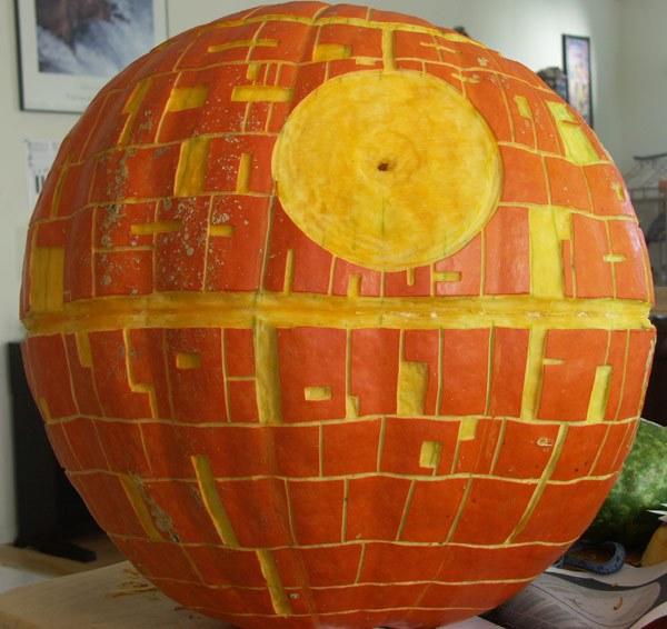 9 Kick Ass Jack O'lanterns That Will Totally Win Halloween