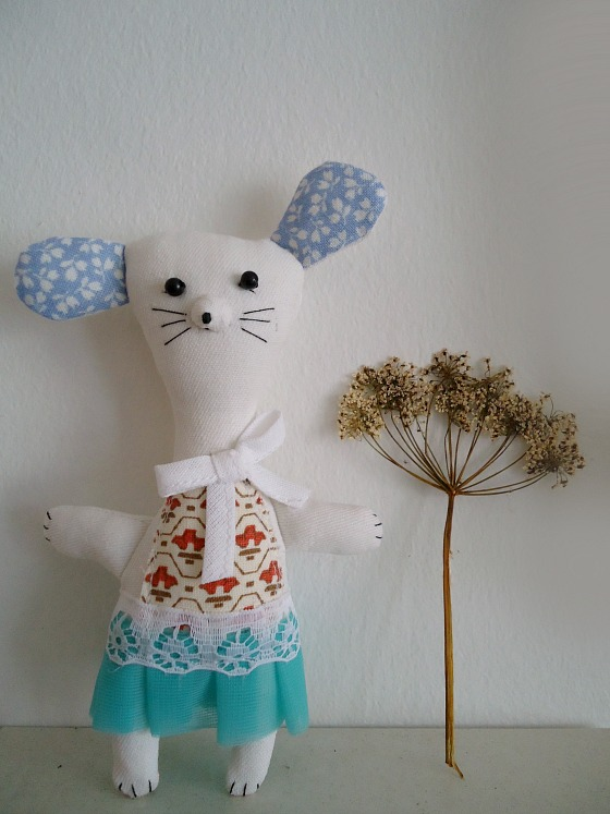 modflowers: mouse in a box