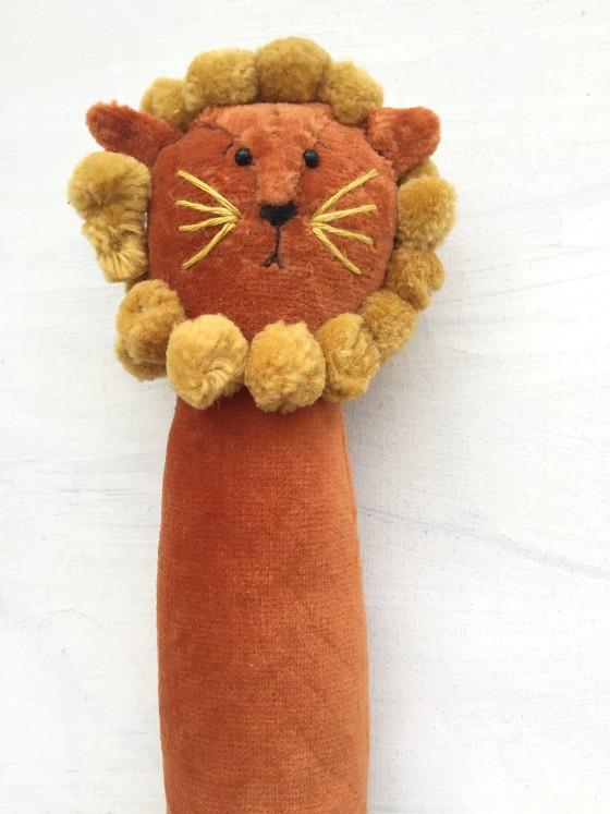 modflowers: golden cinnamon lion doll