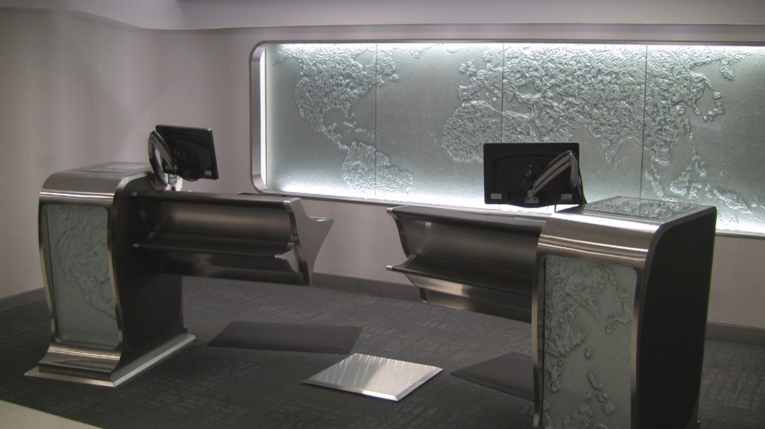 Counter at AA Flagship Check-in LAX