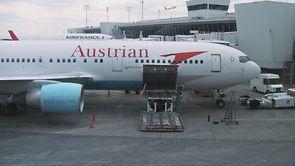 Video thumbnail for vimeo video Video   Austrian Airlines 767-300 - International Business Class - modhop