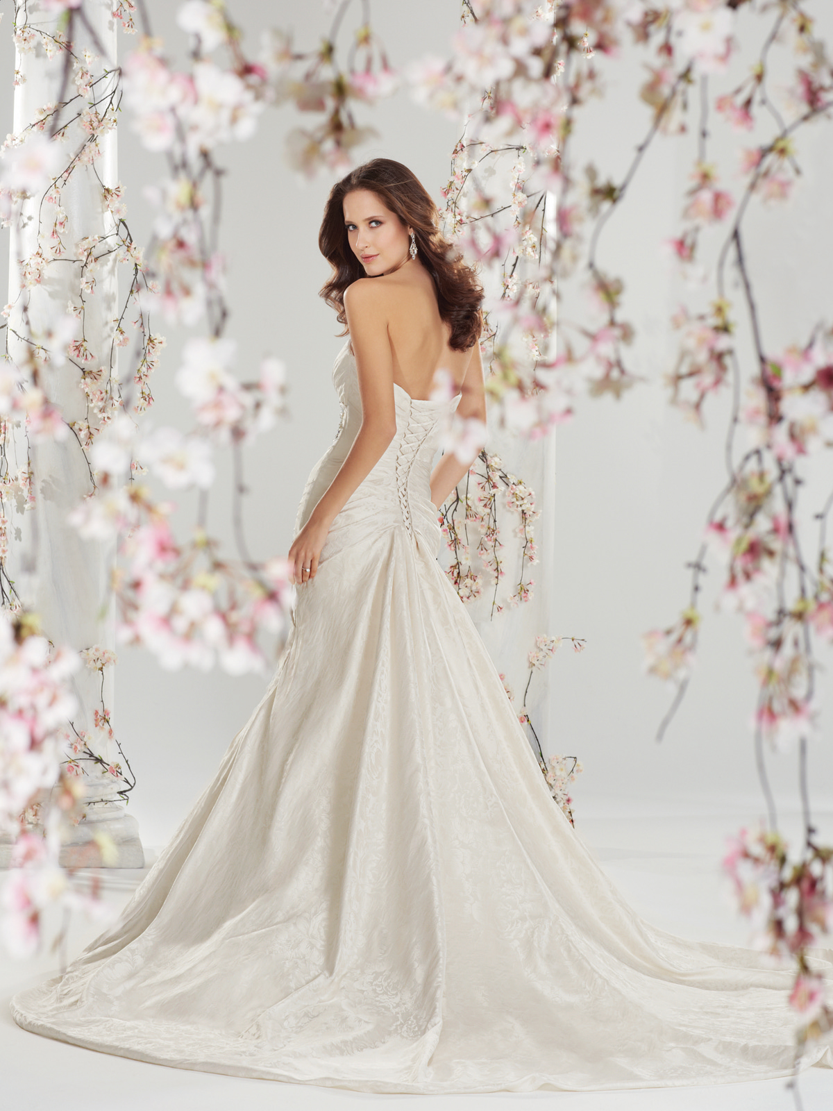 the best wedding dress designers part 10 best wedding dress The Best Gowns from The Most In Demand Wedding Dress Designers Part 10