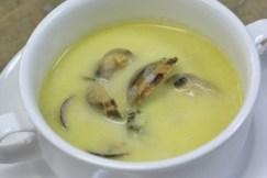 葉タマネギのスープ