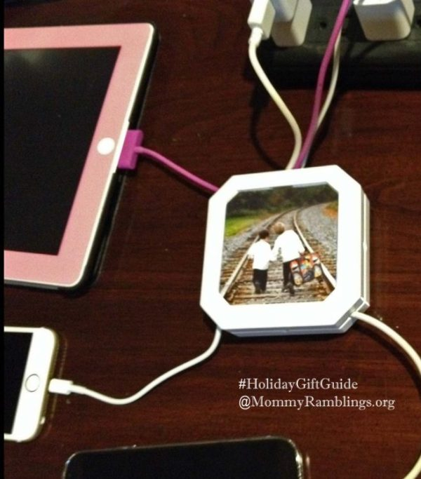 http://i2.wp.com/www.mommyramblings.org/wp-content/uploads/2014/11/Chargehub-organizer-cable.jpg?resize=600%2C683