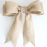 How to make the perfect burlap bow for any crafty project or wreath!