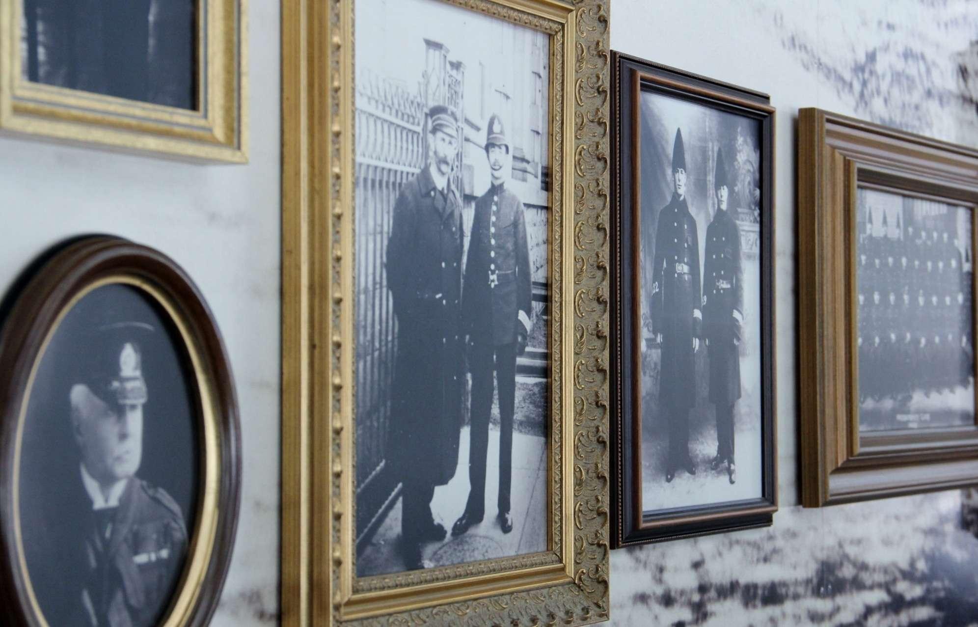 Mona Lisa Framing: Preserving Memories