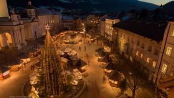 Bressanone 229M Piazza Duomo Mercatino di Natale