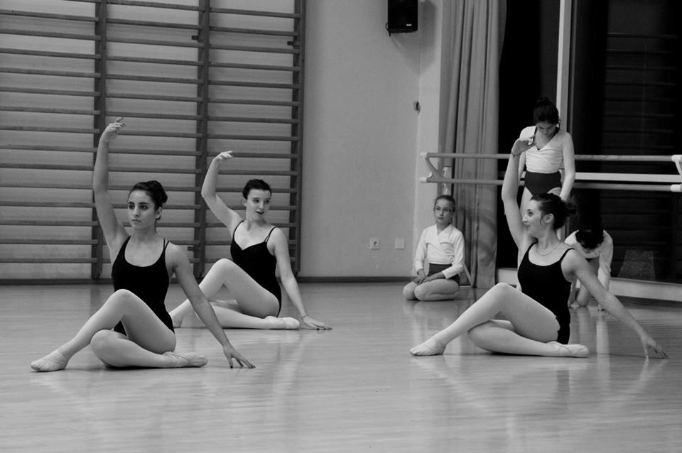 nouveau professeur de danse classique au sein de l u2019association ainsidanse  u2013 monsaclay fr