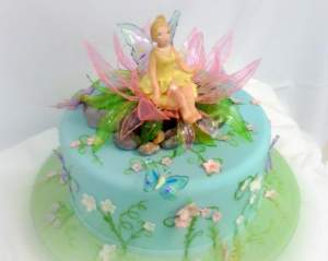 taart prinses fee themataart versierd bloemetjes