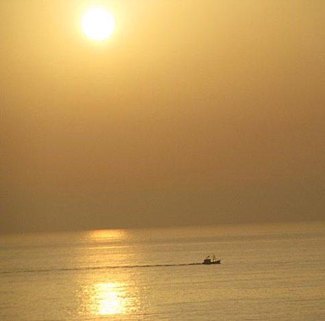la-fille-de-la-plage-soleil