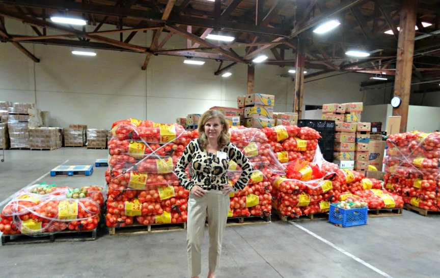 Lori at Second Harvest