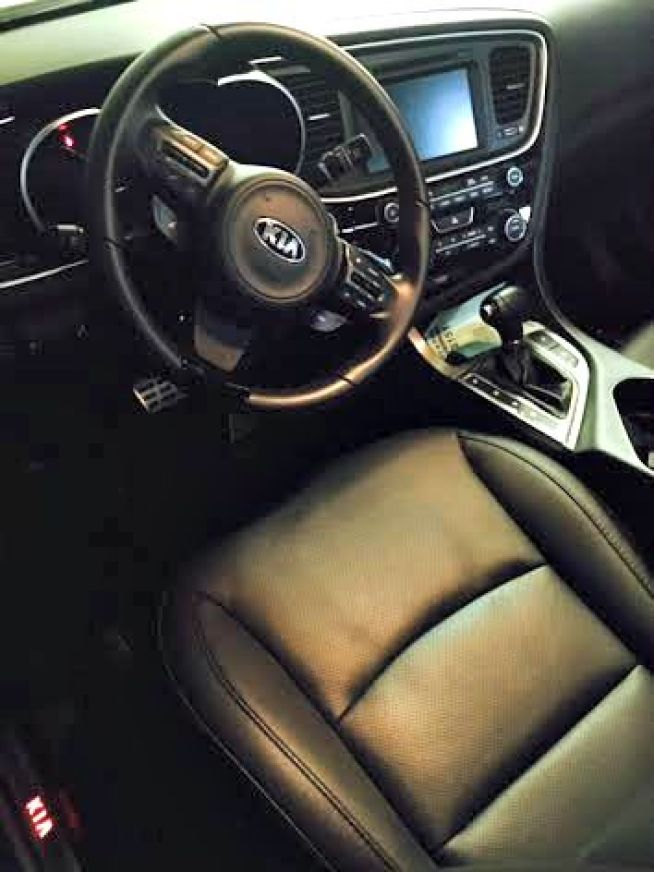 kia optima inside