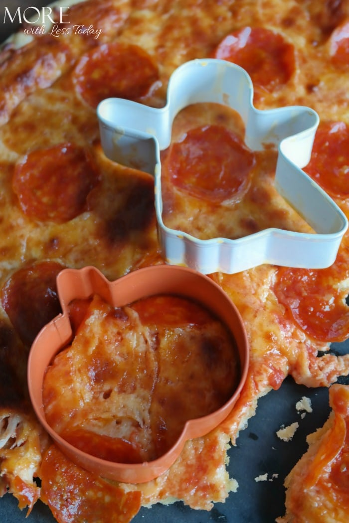 Halloween Entertaining with Home Run Inn Pizza