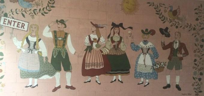 mural at Hofsas House