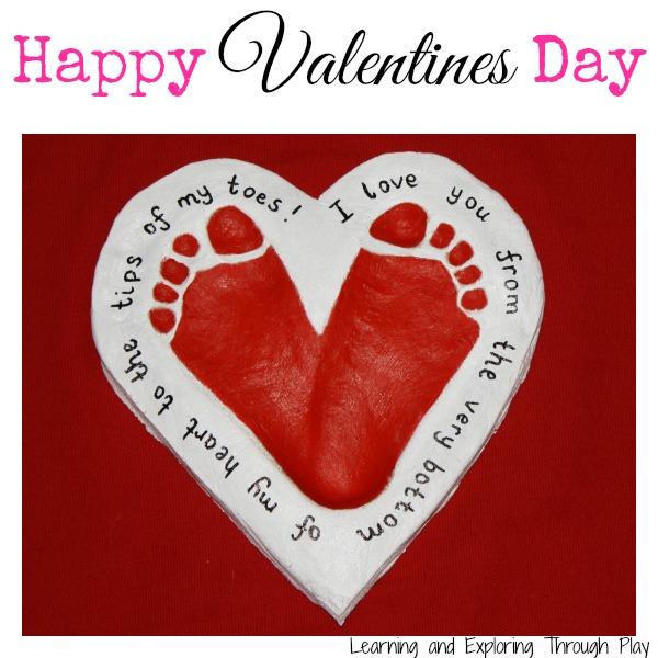 Valentines-Day-Crafts-Footprint-Hearts