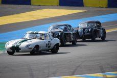 Jaguar Type E vs XK