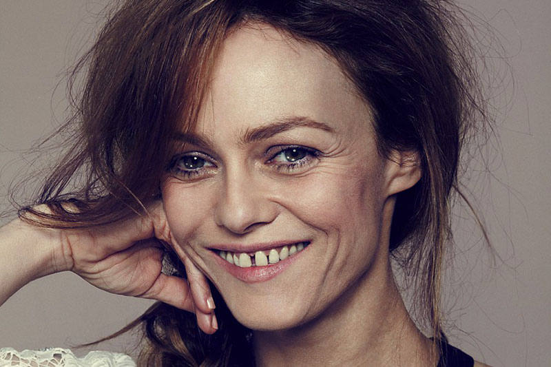 Mother Style Icon  Vanessa Paradis