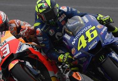 Márquez Defends Himself - Rossi