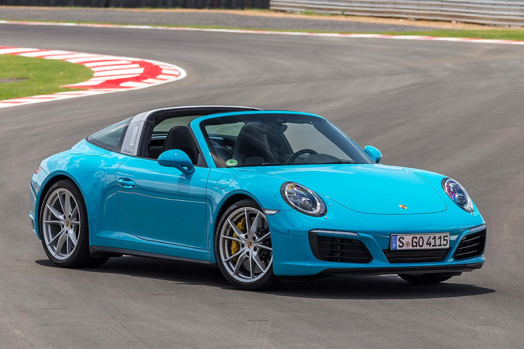 2016 porsche 911 targa 4s review first drive motoring. Black Bedroom Furniture Sets. Home Design Ideas