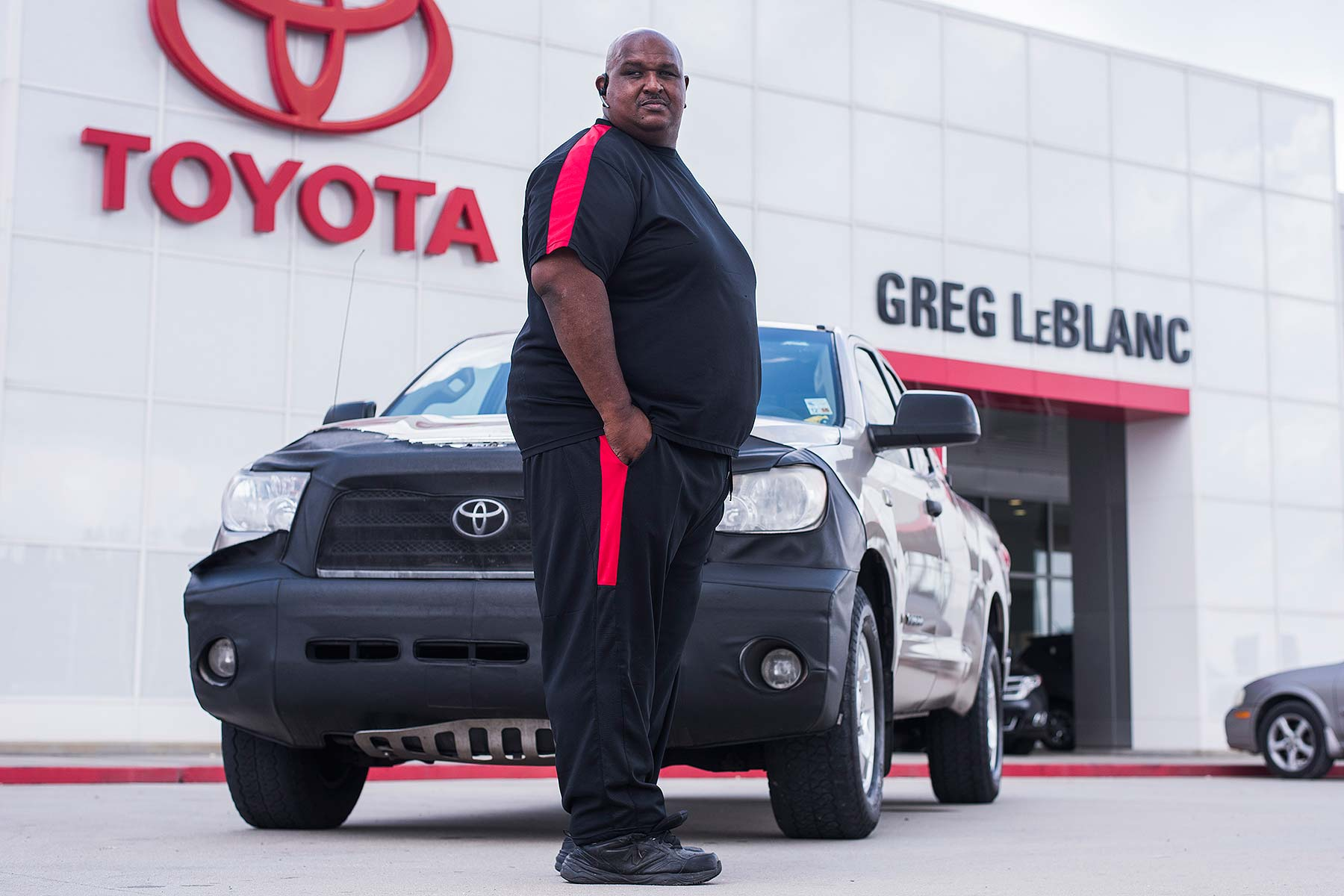 toyota single guys Come in to big two toyota of chandler serving the phoenix metro area with new 2018 toyota & used car deals.