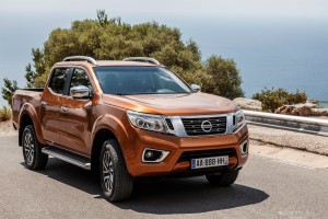 the-all-new-nissan-np300-navara-raising-the-bar-for-style-and-performance-in-the-pick-up-market-images136272_1_5