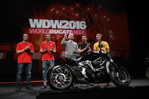 Ducati_World_Première_2016_39