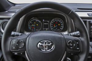 Toyota Rav4 Hybrid Interior LQ  (3)