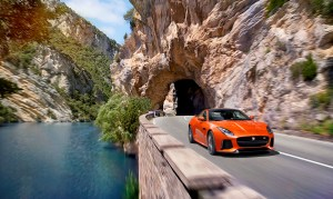 Image_Jag_FTYPE_SVR_Coupe_Location