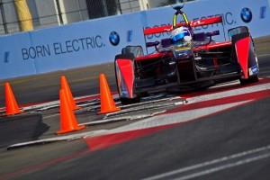 bk0923Current-E-Formula-E-Virgin-Long_Beach-2016-season-2- Dan Bathie-7811