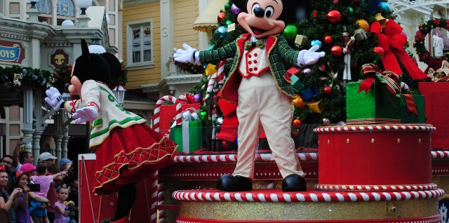 Don't miss the special holiday events scheduled throughout the season, including the Christmas parade!