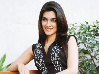 Kriti Sanon HD Wallpapers | Movie HD Wallpapers