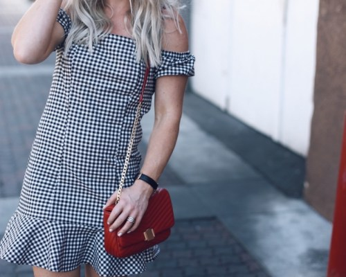 how to style a gingham dress