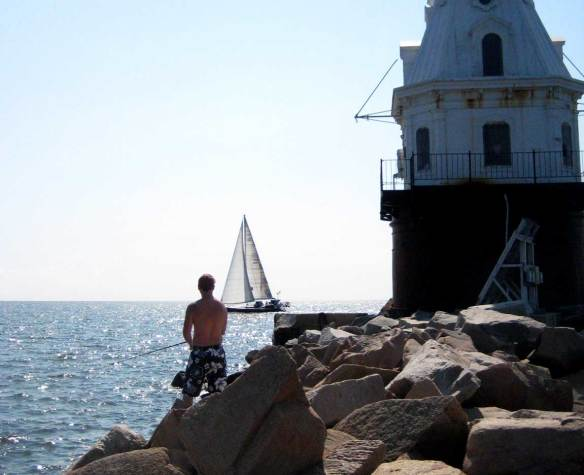 Fishing_New_Haven_Harbor_lighthouse