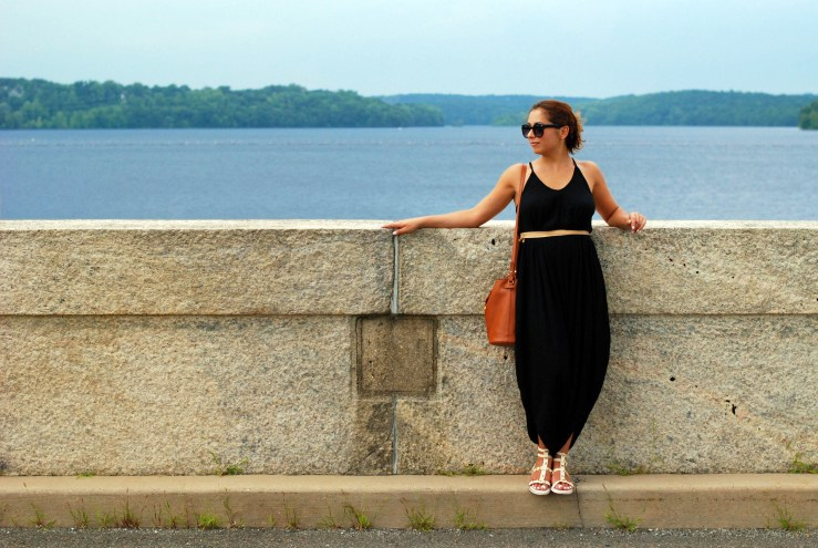 Harem pant jumper and accessories, an easy and fun summer look