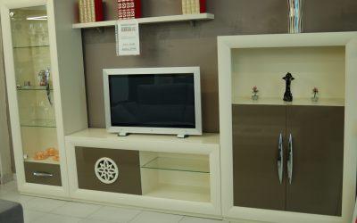 Mueble de sala lacado