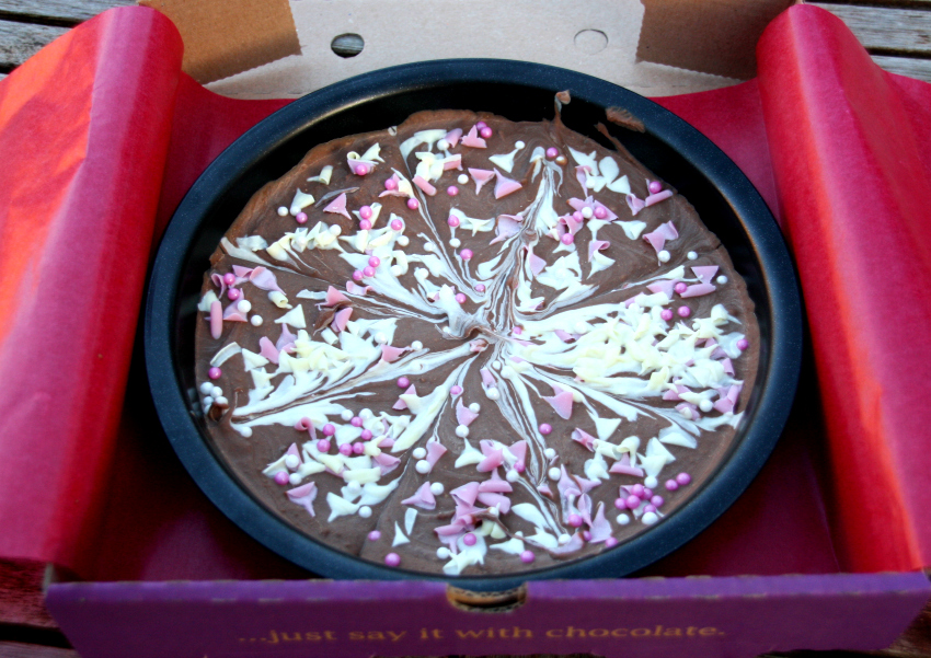 chocolate pizza, how to make a chocolate pizza