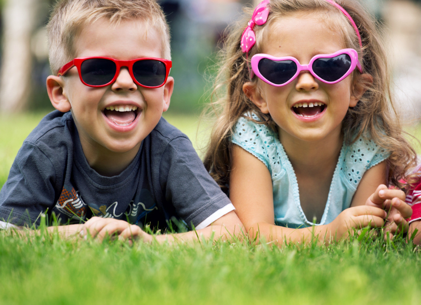 fun ideas for sibling photography