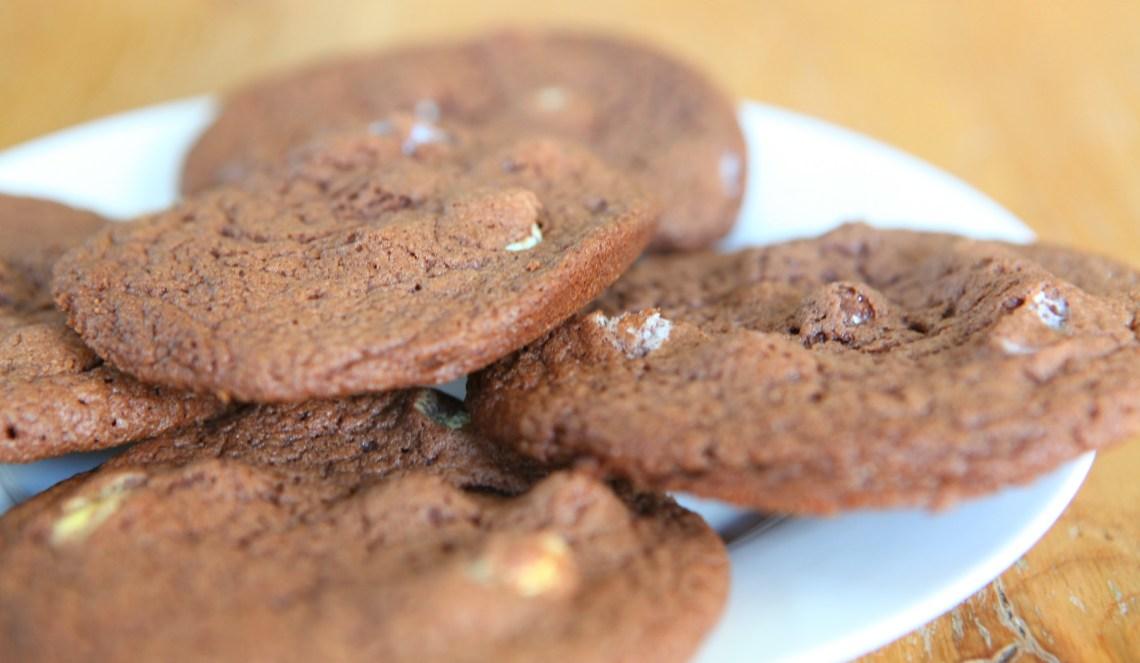 eggcookiesplate