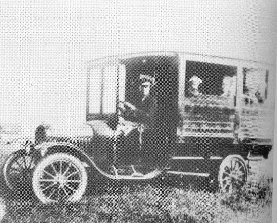 1923-ford_tt_en-suecia