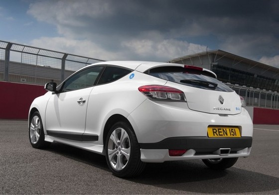 renault-megane-iii-world-series-01