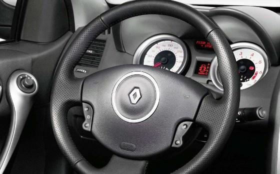 renault-megane-ii-2010-sedan-y-grand-tour-04
