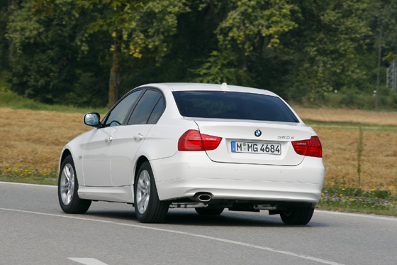 bmw-320d-efficientdynamics-04