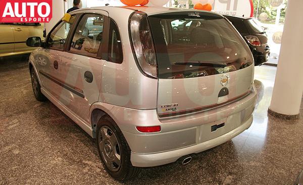 Chevrolet-Corsa-Energy-01