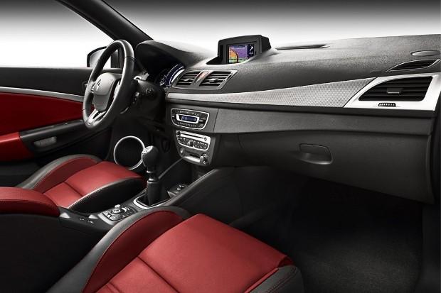 Renault_Megane_Coupe-Cabriolet_05