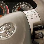 Toyota-Corolla-2.0-04